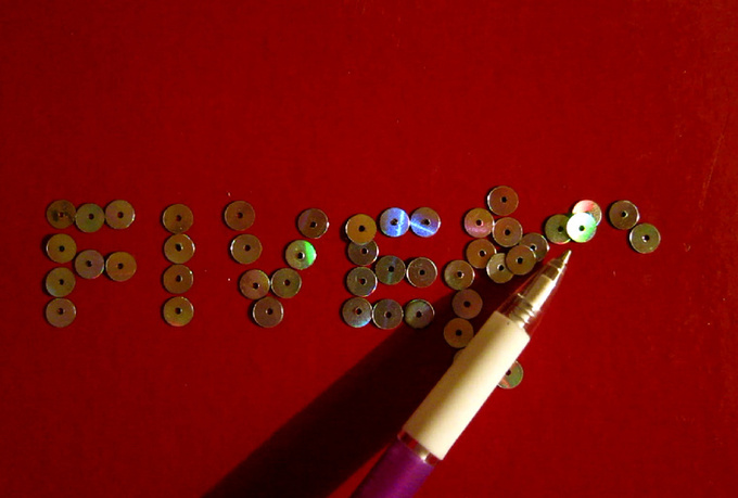 make a video of a magic pen that writes your message